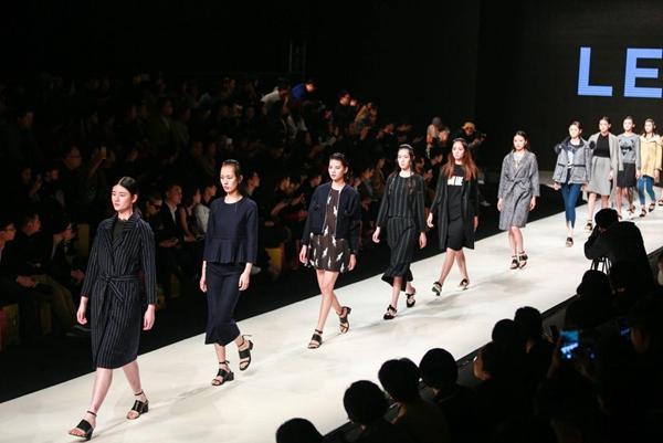 服装品牌衣品天成正准备IPO上市
