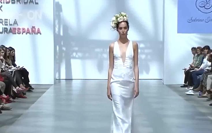 2018马德里SABRINA时装发布会,这可能是我看过最有艺术感的走秀了!