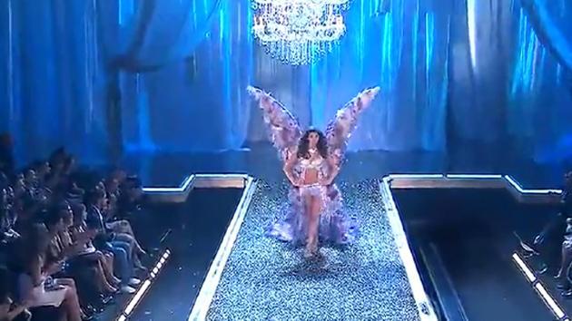 维密天使这次给大家带来一场时尚内衣大秀