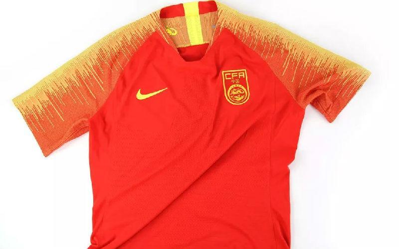 耐克新科技球衣 中国足球队球衣图片