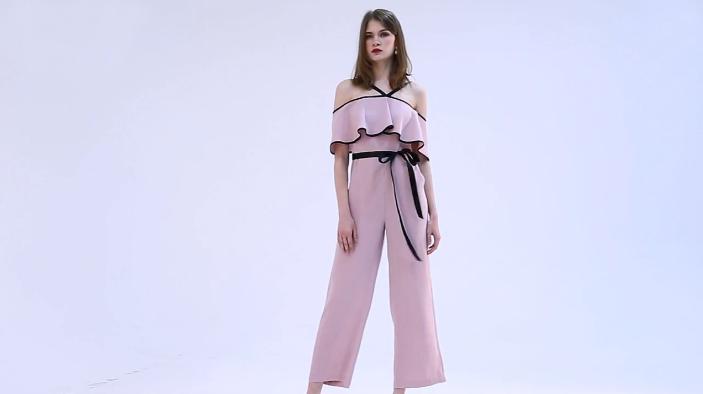 一个模特百种造型,法国轻奢品牌拉夏薇媞La Charites