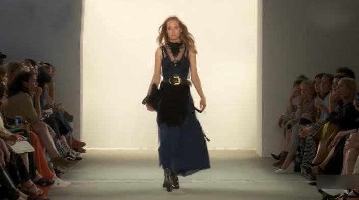德国精致的时尚,Dorothee Schumacher演绎