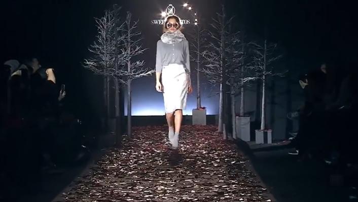 Seweet Matitos超时尚性感秀,厚厚的衣服挡不住性感的身材