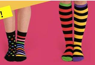 Little Miss Matched不卖成对的袜子  他们两年开了600多家专卖店