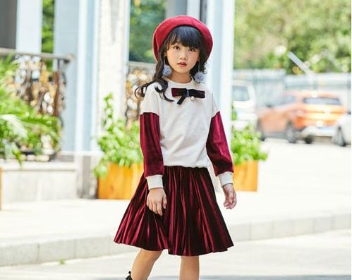 拉斐贝贝童装  为女生精心打造飘逸的裙装