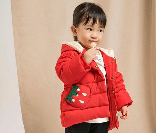 塔哒儿童装  冬天就要保暖厚实