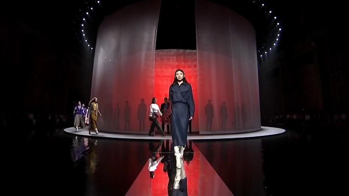 Massimo Dutti独特的奢华时装风格,让人无法抗拒