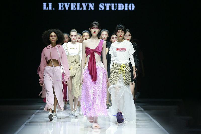 """LI.EVELYN STUDIO品牌创始人、独立原创设计师李馥——""""女人最大的精彩是独立,绝对不能摒弃的是自由。"""""""