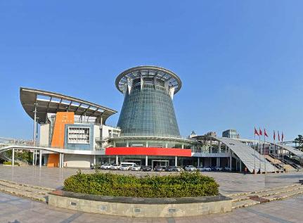 石狮:五大配套政策 促进服装城外贸市场发展