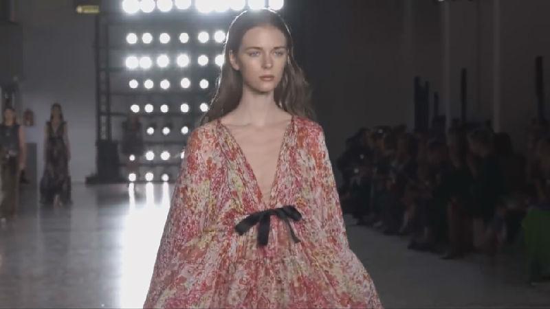 实用又美观的仙女裙Giambattista Valli最赞