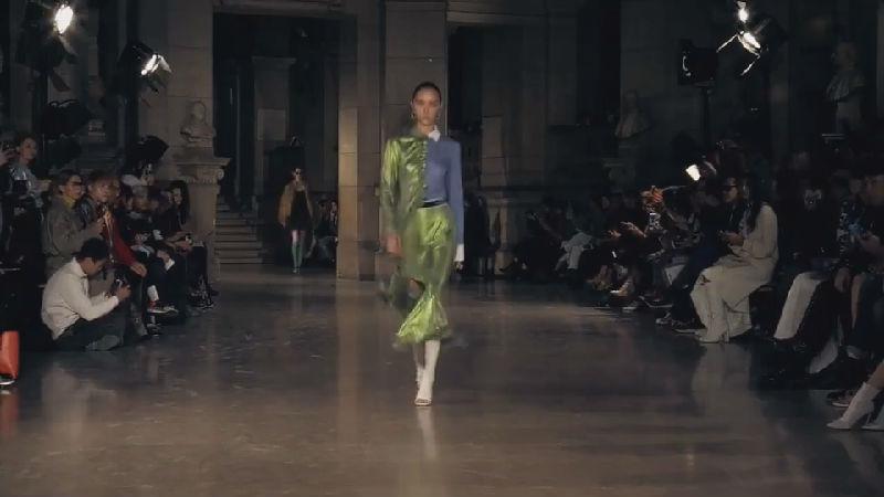 MASHAMA春夏新装呈现当代女性多元形象