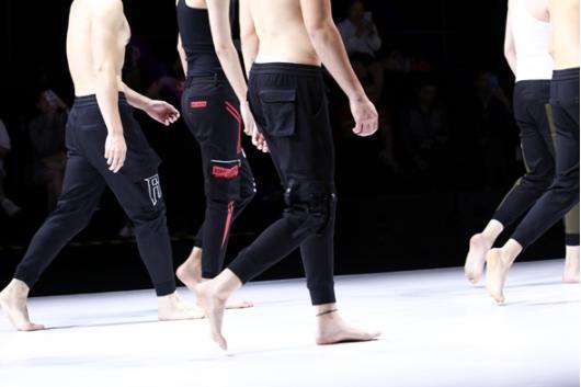 2019江南国际时装周:尚总裤业非同寻常的荷尔蒙时尚