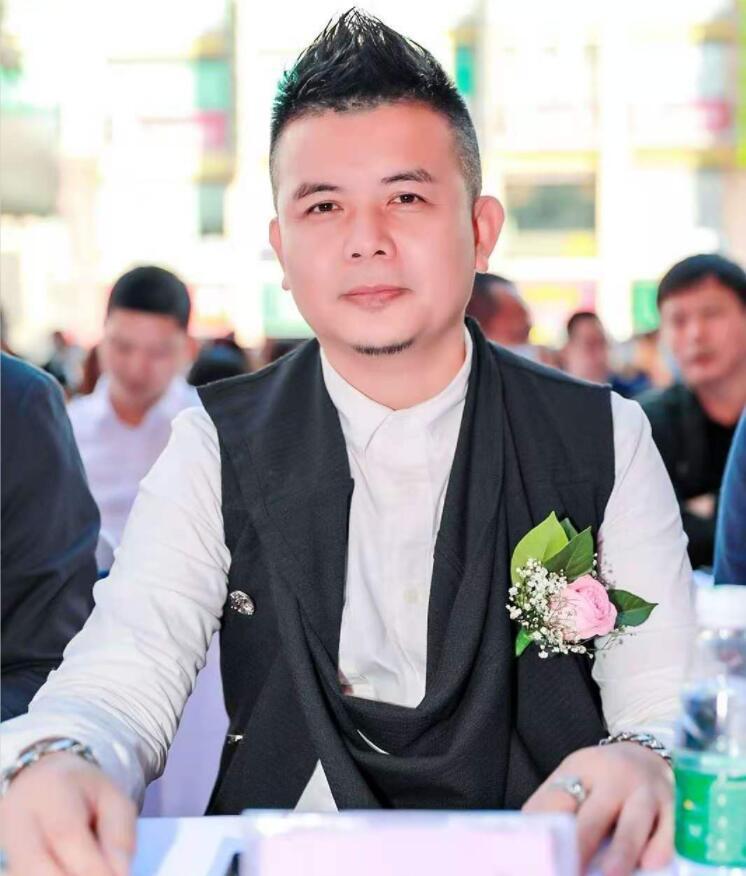 广东省德赢国际服饰行业协会产业链 赋能 潮MALL东方汇新IP